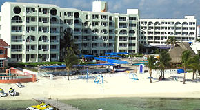 Aquamarina Beach Resort Hotel
