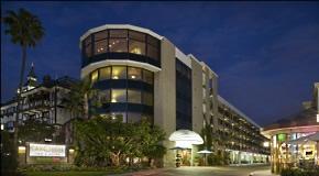 Carousel Inn & Suites